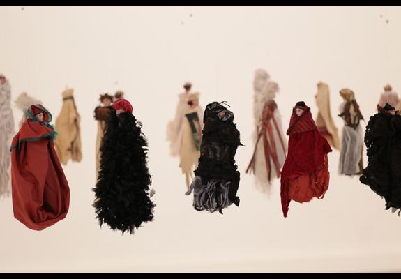 Amazones de l'ombres expo Paula Anke photo